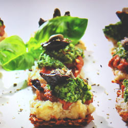 Vegan pizza bites